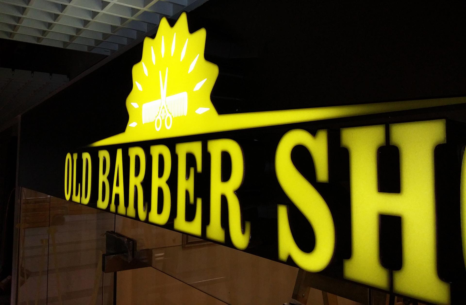litere-luminoase-old-barber-shop