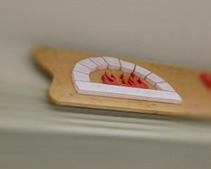 reclama-lemn-Pizza-Vera-detaliu
