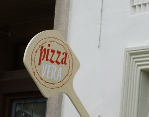 logo-paleta-pizza-iluminat