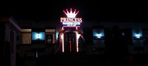 litere-aluminiu-LED-princess-gaming-club