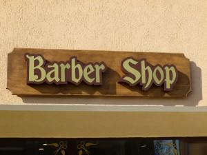 litere-barber-lemn-plexiglas
